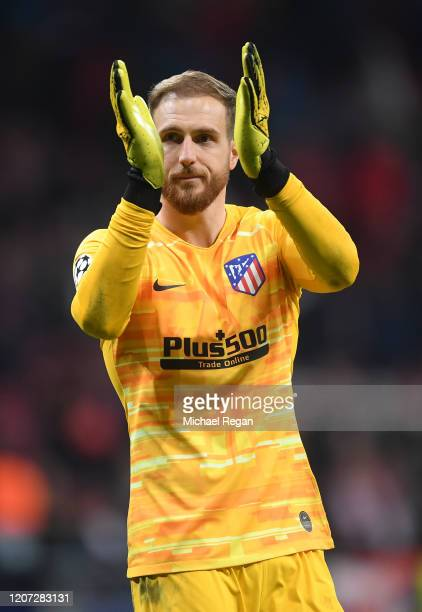 Jan Oblak of Atletico Madrid in actioin during the UEFA Champions League round of 16 first leg match between Atletico Madrid and Liverpool FC at...
