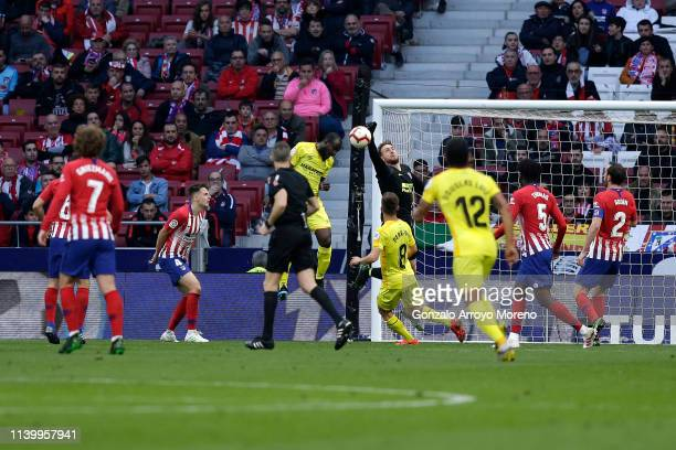 Jan Oblak of Atletico Madrid makes a save during the La Liga match between Club Atletico de Madrid and Girona FC at Wanda Metropolitano on April 02...