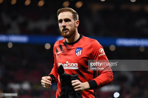Jan Oblak of Atletico Madrid warms up before the Liga match between Club Atletico de Madrid and CA Osasuna at Wanda Metropolitano on December 14,...