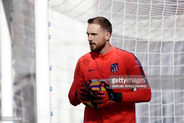 Jan Oblak of Atletico Madrid warms up prior to the La Liga match between Rayo Vallecano de Madrid and Club Atletico de Madrid at Campo de Futbol de...