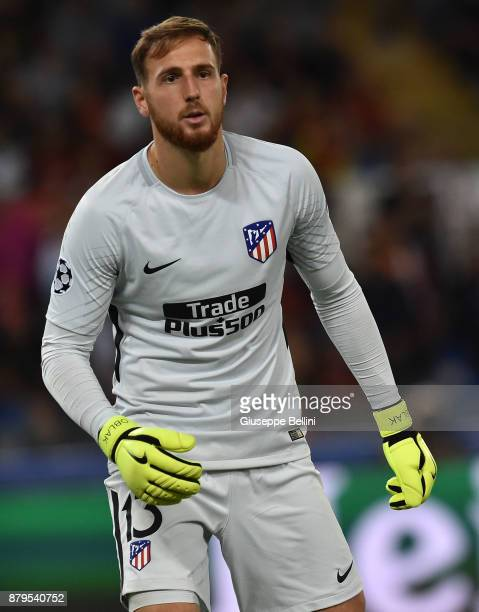 Jan Oblak of Club Atletico de Madrid in action during the UEFA Champions League group C match between AS Roma and Atletico Madrid at Stadio Olimpico...
