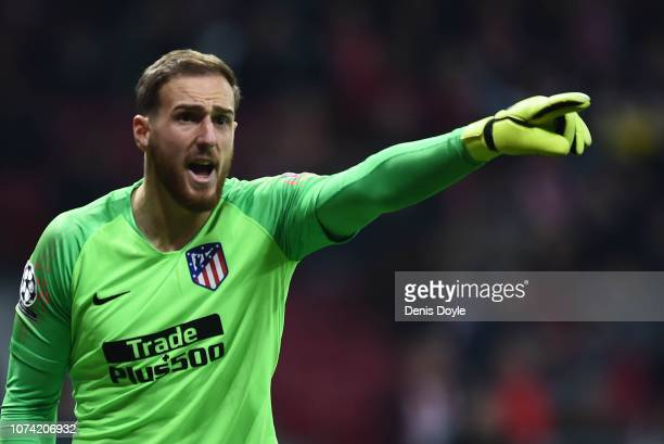 Jan Oblak of Club Atletico de Madrid reacts during the UEFA Champions League Group A match between Club Atletico de Madrid and AS Monaco at Estadio...