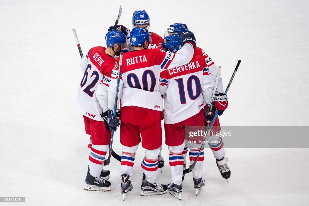 HOCKEY: MAY 14 IIHF World Championship - France v Czech Republic : News Photo