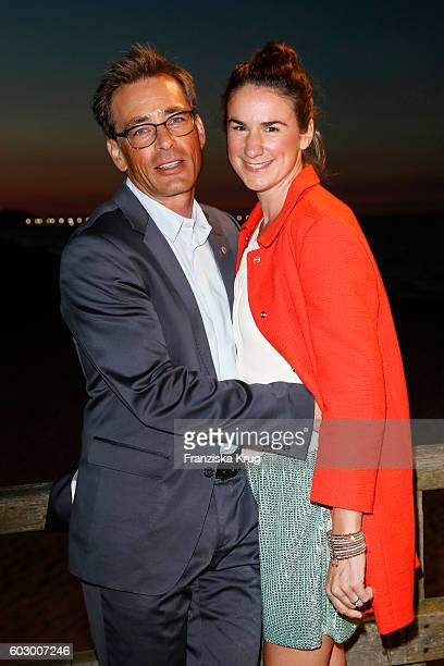 Jan Sosniok and Nadine Moellers attend the Till Demtroders CharityEvent 'Usedom Cross Country' on September 10 2016 near Heringsdorf in Usedom Germany