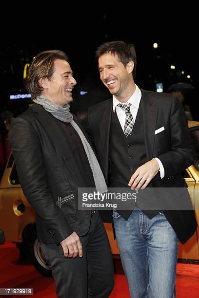 Jan Sosniok Und Andreas Türck Bei Der Premiere Des Musicals Hinterm Horizont Im Theater Am Potsdamer Platz In Berlin