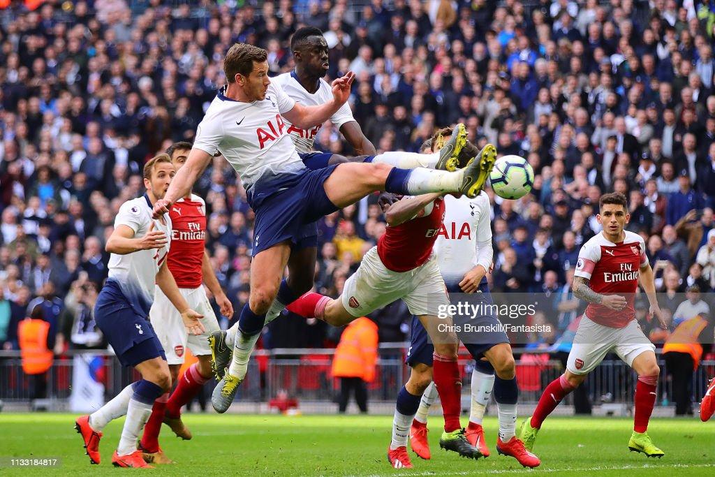 Tottenham Hotspur v Arsenal FC - Premier League : Nieuwsfoto's