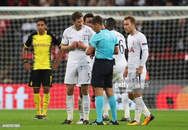 Jan Vertonghen of Tottenham Hotspur argues with referee Gianluca Rocchi during the UEFA Champions League group H match between Tottenham Hotspur and...