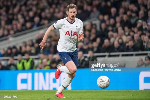 Jan Vertonghen of Tottenham Hotspur control ball during the FA Cup Fifth Round match between Tottenham Hotspur and Norwich City at Tottenham Hotspur...