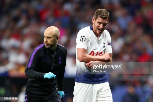 Jan Vertonghen of Tottenham Hotspur receives medical treatment during the UEFA Champions League Final between Tottenham Hotspur and Liverpool at...