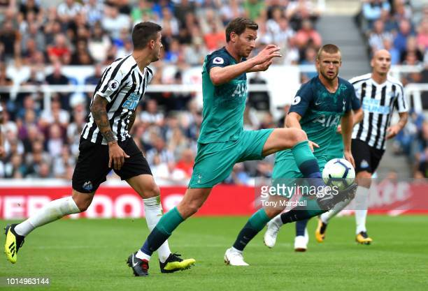 Jan Vertonghen of Tottenham Hotspur runs with the ball during the Premier League match between Newcastle United and Tottenham Hotspur at St James...