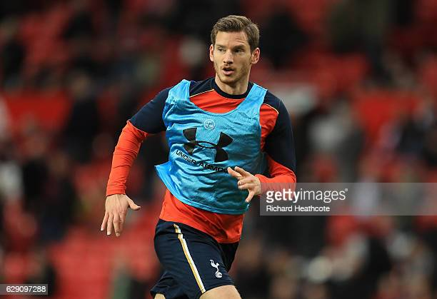 Jan Vertonghen of Tottenham Hotspur warms up prior to the Premier League match between Manchester United and Tottenham Hotspur at Old Trafford on...