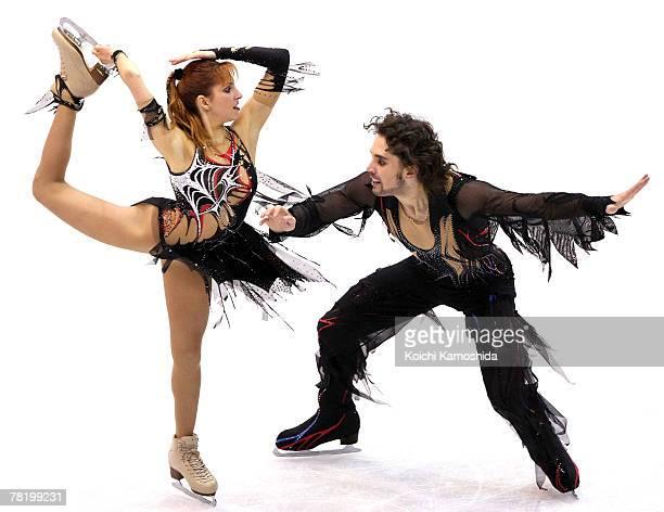 Jana Khokhlova and Sergei Novitski of Russia skate in the Ice Dancing Free Dance of the ISU Grand Prix of Figure Skating NHK Trophy at Sendai City...