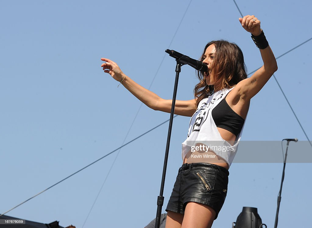 2013 Stagecoach California's Country Music Festival - Day 2 : ニュース写真
