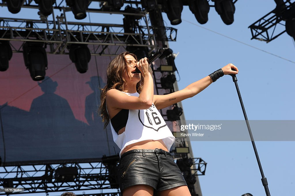 2013 Stagecoach California's Country Music Festival - Day 2 : News Photo
