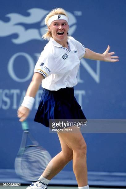 Jana Novotna plays tennis during the 1998 US Tennis Open circa September 1998 in New York City