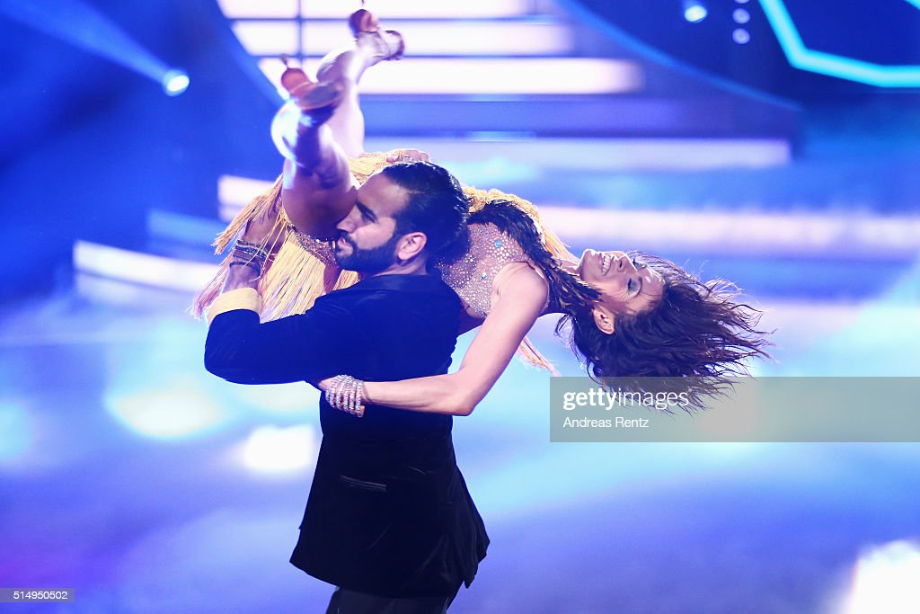 Jana Pallaske and Massimo Sinato perform on stage during the 1st show of the television competition 'Let's Dance' on March 11, 2016 in Cologne, Germany.