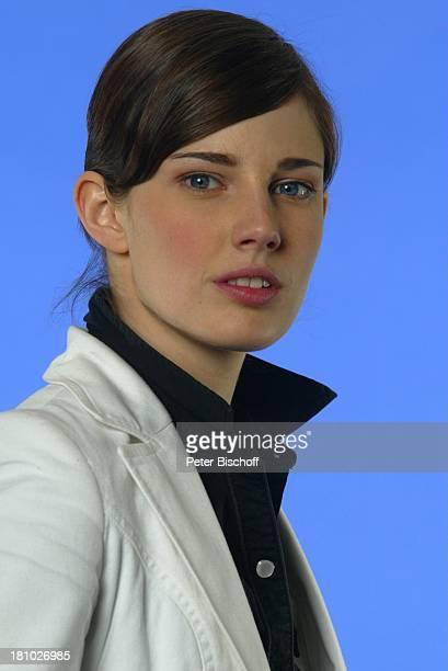 Jana Straulino Porträt Schauspielerin Pro7 ProgrammPräsentation 2003 Pressekonferenz Hamburg Museum für Kommunikation Portrait