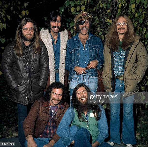 Jance Garfat Bill Francis Ray Sawyer Rik Elswitt John Wolters Dennis Locorriere of the American group Dr Hook pose for a group shot in November 1975...
