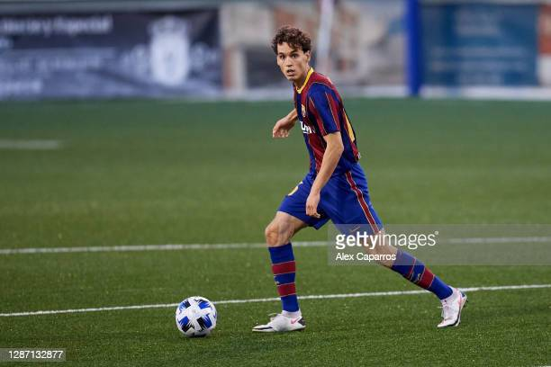 Jandro Orellana of FC Barcelona B runs with the ball during the Segunda Division B Group IIIA match between CE L'Hospitalet and FC Barcelona B at...