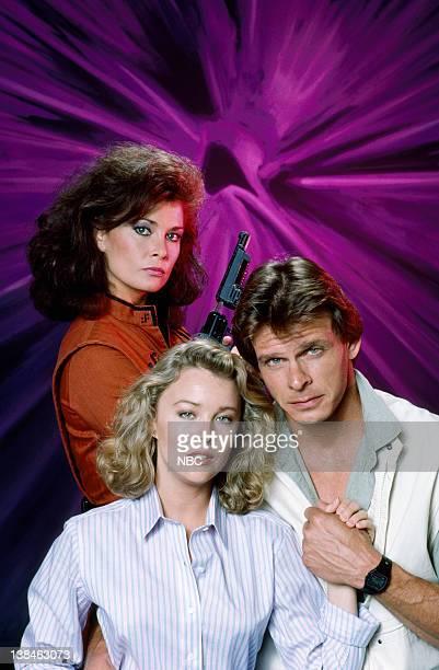 V Jane Badler as Diana Marc Singer as Mike Donovan Faye Grant as Dr Julie Parrish
