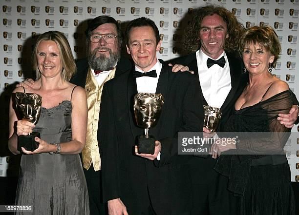 Jane Berthoud Paul Whitehouse Declan Lowney Ricky Tomlinson Sue Johnston Attend The 2006 British Academy Television Awards At London'S Grosvenor...