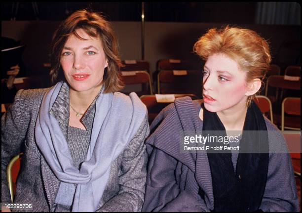 Jane Birkin and her daughter Kate Barry at a fashion show in 1984