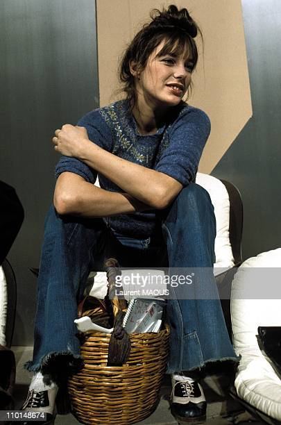 Jane Birkin at the broadcasting 'Taratata' in France in Janaury 24 1974