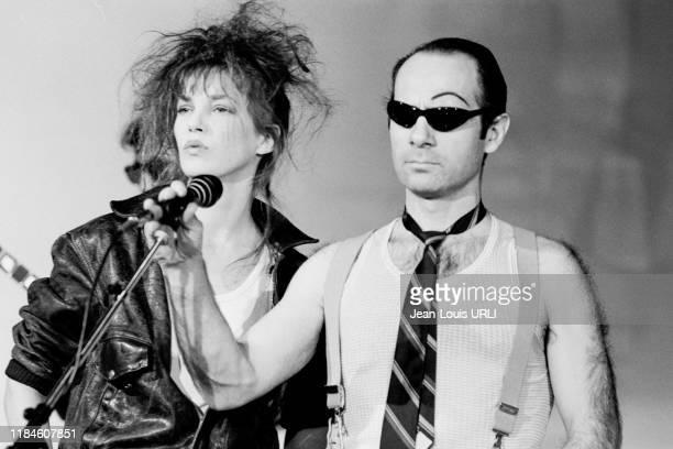Jane Birkin et Guy Marchand lors de l'enregistrement de l'émission de télévision 'Champs-Elysées' à Paris le 9 avril 1982, France.