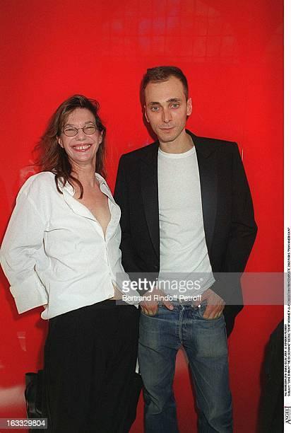 Jane Birkin 'Hedi Slimane at theDior Catwalk Meanswear PAP Collection Spring Summer 2002 In Paris