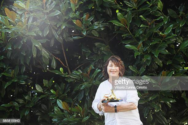 Jane Birkin poses with the Pardo alla Carriera during the 69th Locarno Film Festival on August 4 2016 in Locarno Switzerland