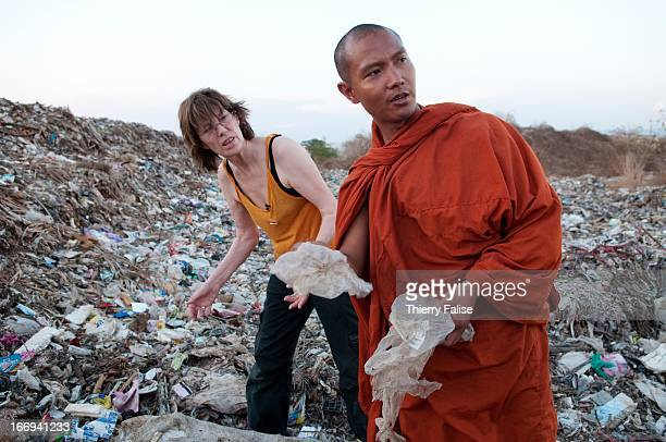 Jane Birkin the BritishFrench actress and singer who has been a Burma prodemocracy activist for over a decade made a fourday trip along the ThaiBurma...