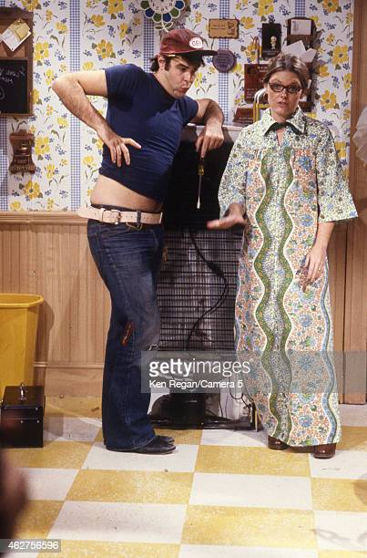 Jane Curtain and Dan Ackroyd are photographed on the set of Saturday Night Live in 1978 in New York City CREDIT MUST READ Ken Regan/Camera 5 via...