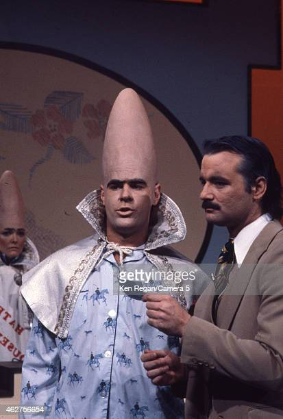 Jane Curtain Dan Ackroyd and Bill Murray are photographed on the set of Saturday Night Live in 1978 in New York City CREDIT MUST READ Ken...