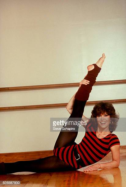 Jane Fonda posing for the cover of Jane Fonda's Workout Book