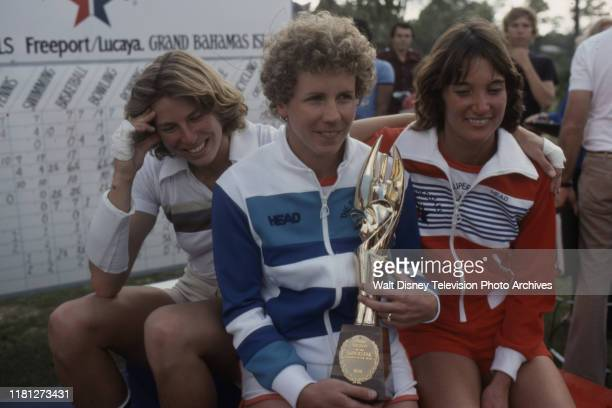 Jane Frederick Anne Henning with trophy Linda Fernandez competition on the ABC tv series 'Superstars'