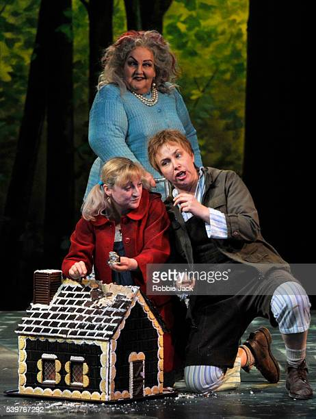 Jane Henschel as Witch Ailish Tynan as Gretel and Christine Rice as Hansel in the Royal Opera's production of Engelbert Humperdinck's Hansel Und...