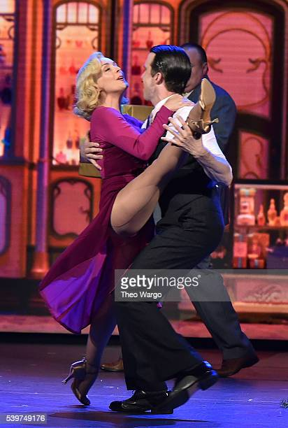 Jane Krakowski and Gavin Creel of 'She Loves Me' perform onstage during the 70th Annual Tony Awards at The Beacon Theatre on June 12, 2016 in New...