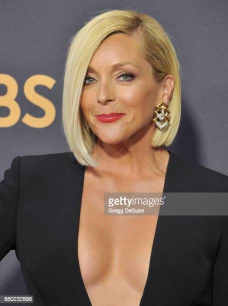 Jane Krakowski arrives at the 69th Annual Primetime Emmy Awards at Microsoft Theater on September 17, 2017 in Los Angeles, California.