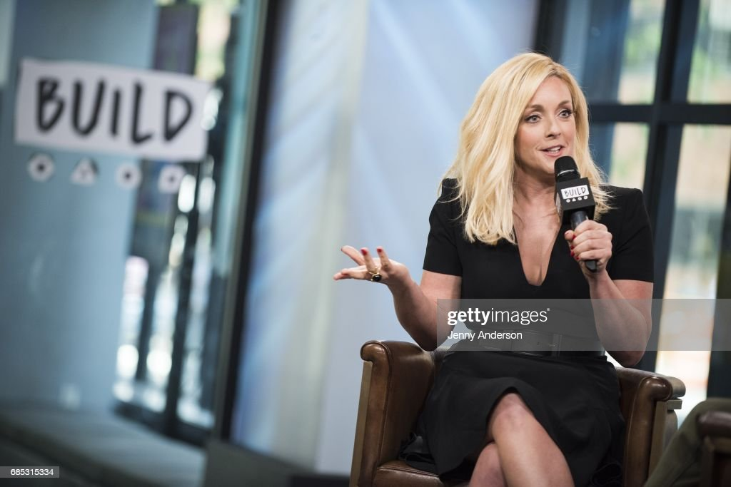 Jane Krakowski attends AOL Build Series at Build Studio on May 19, 2017 in New York City.