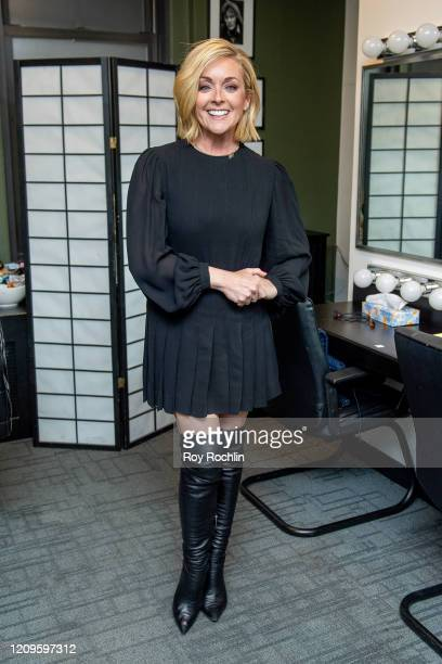 Jane Krakowski attends Seth Rogen & Martha Stewart In Conversation With Dr. Heather Berlin at 92nd Street Y on February 29, 2020 in New York City.