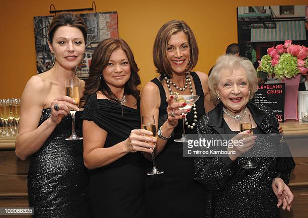 """Jane Leeves, Valerie Bertinelli, Wendie Malick and Betty White attend the """"Hot in Cleveland"""" premiere after party at the Crosby Street Hotel on June..."""