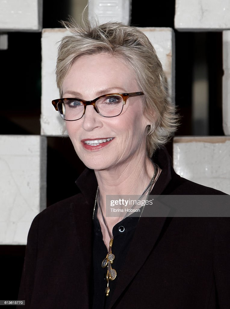Jane Lynch attends the Hammer Museum's 14th annual Gala In The Garden at Hammer Museum on October 8, 2016 in Westwood, California.