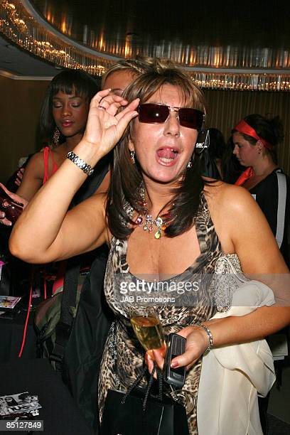 LONDON SEPTEMBER 03 Jane McDonald attends the TV Quick and TV Choice Awards Sultans of Swing Gift lounge at the Dorchester Hotel on September 03 2007...