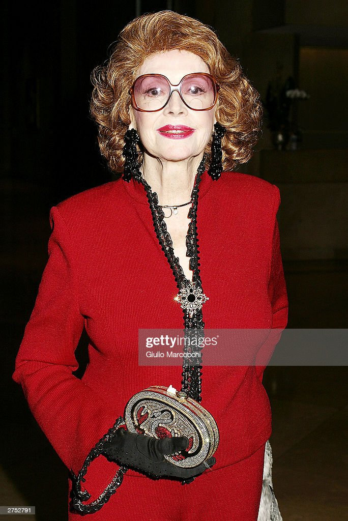 Jane Meadows attends the 49th annual 'Command Performance' benefit gala held on November 21, 2003 in Beverly Hills, California.