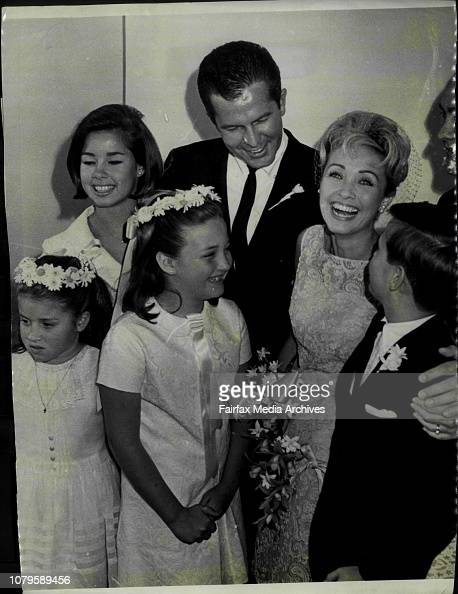 Jane Powell marries Jime Fitzgerald at the wayside chapel ...