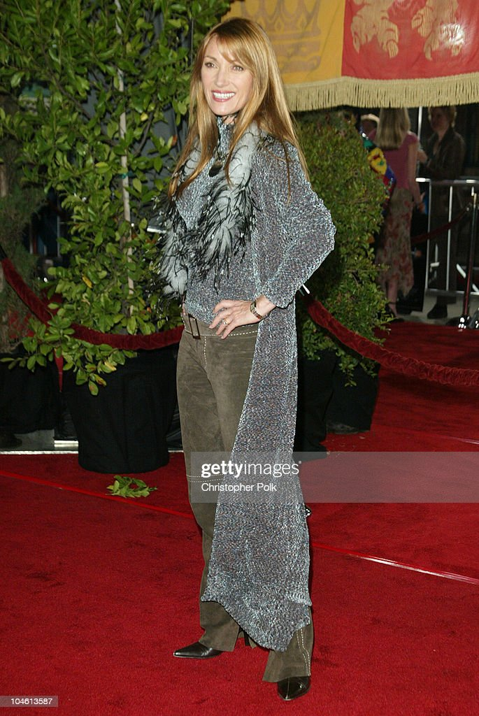 Jane Seymour during 'Harry Potter and The Chamber of Secrets' Premiere at Mann Village Theatre in Westwwood, CA, United States.