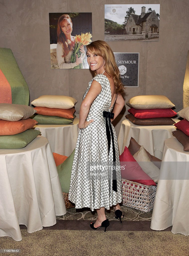 Popular Jane Seymour Introduces Her New Home Collection Featuring a Line  UH09