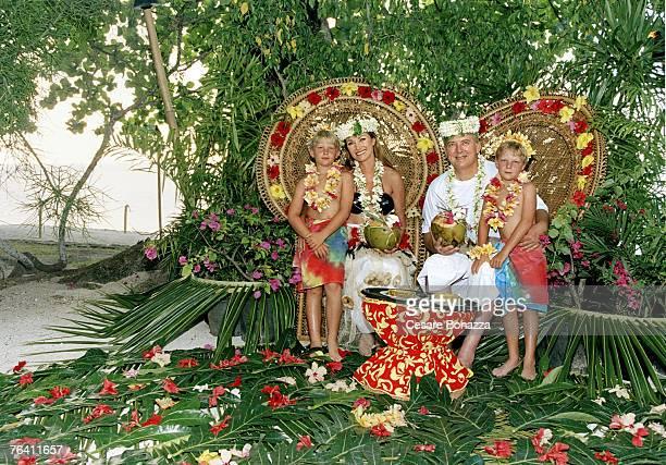 Jane Seymour James Keach with their children John Kristopher Jane Seymour James Keach by Cesare Bonazza Jane Seymour James Keach Self Assignment...