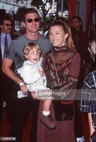 Jane Seymour & Joe Lando during