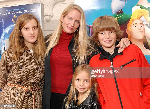 Jane Sibbett with Ruby Violet and Kai during Los Angeles Premiere of LionsGate's 'Happily N'Ever After' Hosted by the Hot Moms Club at The Mann...